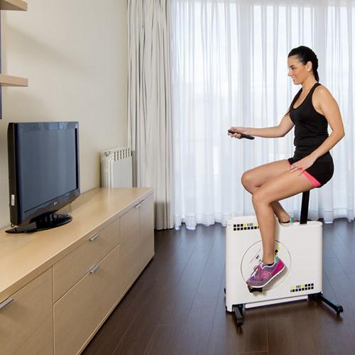 BH fitness kube bike tv